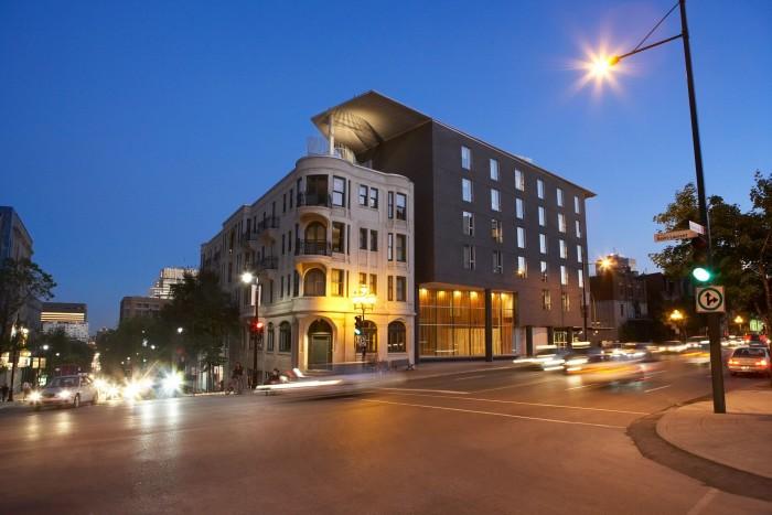 HOTEL-10-Exterior_NightShot11